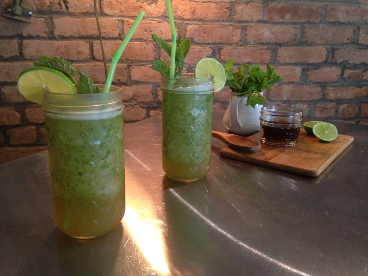 Thirsty Thursday: Frozen Mojitos