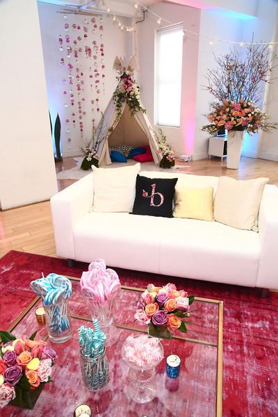 B+Floral+Bronwen+Smith+Bravo+TV+Carole+Radziwill+AXRHqppEnCLl