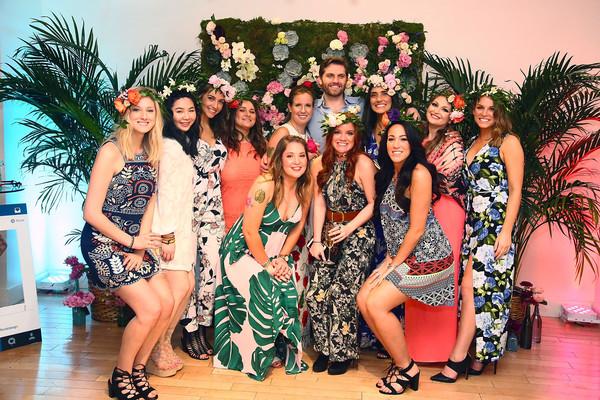 B+Floral+Bronwen+Smith+Bravo+TV+Carole+Radziwill+sEYQNyDoUVOl-1